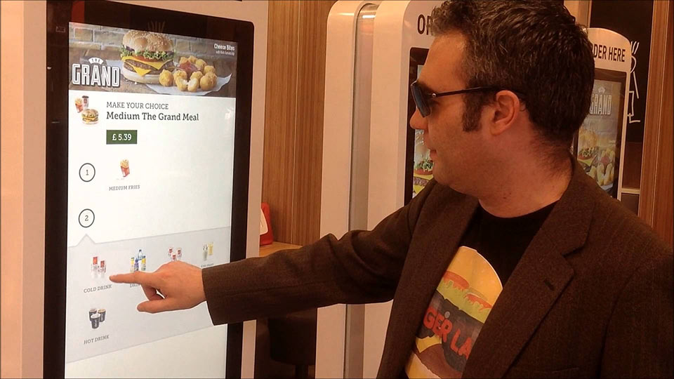 Burger Ordering Screen | Touch Screen Solutions